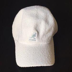 Kangol White terry cloth Bermuda stretch cap
